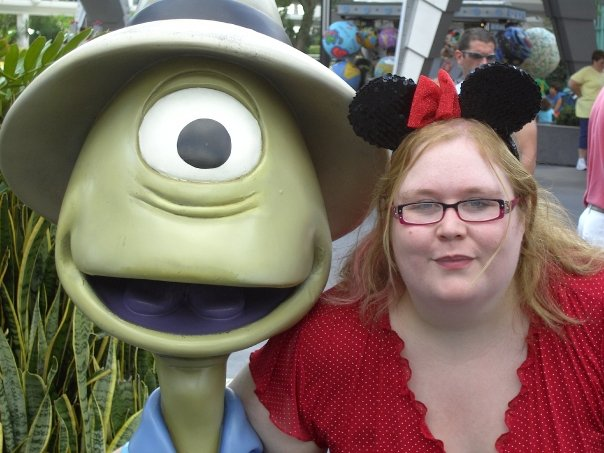 Find Out More About Your Disneybrit Idol Finalist – Kimmy Goodwin