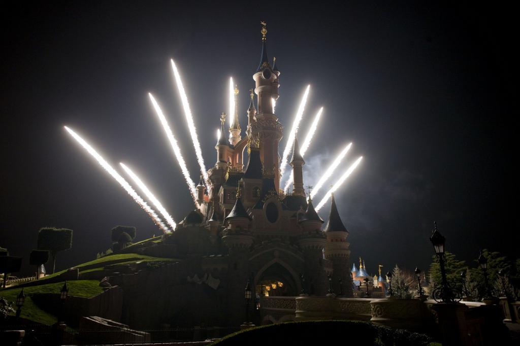 Disneyland Paris Share More About Disney Dreams
