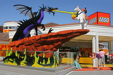 LEGO Store Heading to Disneyland Paris